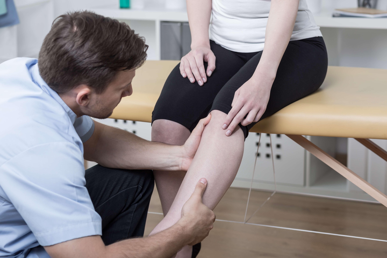 Common Knee Injury Symptoms, besides Knee Pain